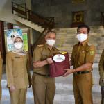 Bupati Bandung Sumbangkan Gaji Untuk Penanganan Covid-19