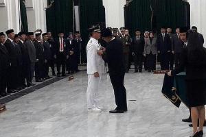 Dilantik Ridwan Kamil, Dicky Saromi Resmi Jabat PJ Bupati Cirebon