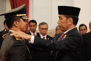 Dilantik Jokowi, Andika Perkasa Resmi Jabat KSAD