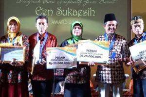 Een Sukaesih Award 2018, 5 Guru Asal Jabar Dapat Penghargaan