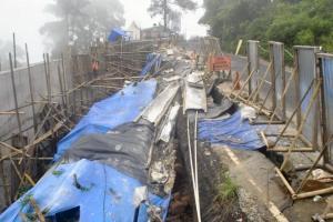 Jalan Retak, Bus dan Truk Dilarang Lewati Jalur Puncak