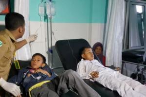 Santap Bubur Program Gizi Sekolah, 70 Siswa SD di Sukabumi Keracunan