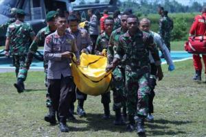 7 Jenazah Pembantaian KKB Berhasil Dievakuasi ke Timika