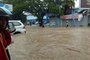 Banjir di Melong Cimahi Belum Surut