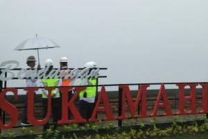 Jokowi Tinjau Pembangunan Bendungan Sukamahi di Bogor
