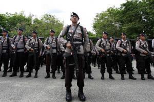 Polres Garut Kerahkan 100 Personel Brimob di Pantai Selatan