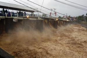 Air di Bendung Katulampa Naik, Jakarta Siaga III Banjir