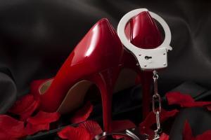Polrestabes Bandung Tahan 2 Mamih Prostitusi Online