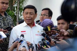 Teror Bom di Rumah Komisioner KPK, Wiranto: Jangan Diributkan