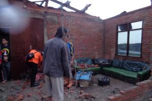 29 Rumah Rusak 'Disapu' Angin Puting Beliung
