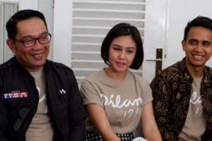 Kediaman Ridwan Kamil Dikunjungi Pemeran di Film Dilan 1991