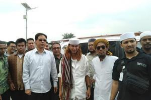 Tiba di PN Bandung, Kuasa Hukum: Habib Bahar Siap