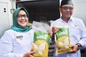 Panen Raya di Cariu, Bupati Bogor Launching Beras Carita Makmur