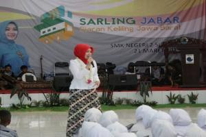 Atalia P. Kamil Genjot Minat Baca di Subang