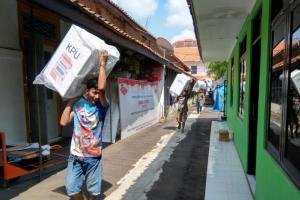 KPU Kab. Cirebon terima rekapitulasi suara dari dua PPK