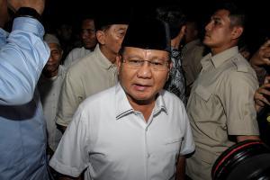Prabowo: Semua Pihak Menahan Diri, Tak Melakukan Kekerasan