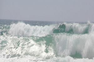 BPBD Jabar Pantau Gelombang Laut