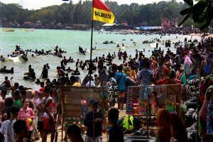 Balawista Sukabumi Selamatkan 12 Orang Tenggelam