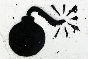 Lima Benda Diduga Bom Ditemukan di Tempat Sampah
