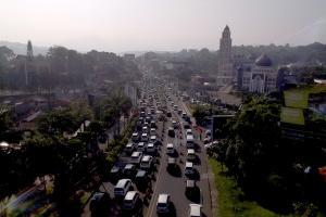 Polres Bogor Operasi Penyekatan Massa ke MK