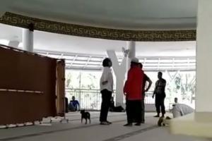 Perempuan Bawa Anjing ke Masjid, PBNU: Jangan Dipolitisasi