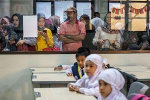 Hari Pertama Sekolah, Jalan Nusantara di Depok Ramai Lancar