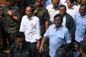 Amien Rais Kisahkan Isi Surat Prabowo yang Diterimanya