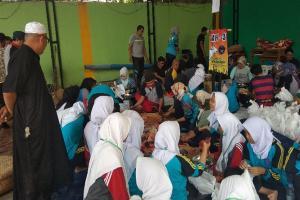 Teladani Nabi Ibrahim, Siswa SMKN 1 Garut Praktik Berkurban