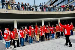 Kelompok Paduan Angklung IDI Kota Bogor Pentas di Swedia