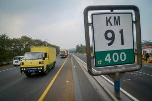 Diduga 'Dump Truck'  yang 'Overload' Penyebab Kecelakaan Beruntun