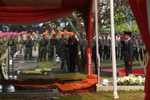 Presiden Jokowi: Almarhum BJ Habibie Suri Teladan Bagi Bangsa
