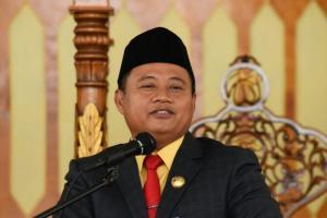 Wagub Uu Harap Guru Honorer Jadi PNS