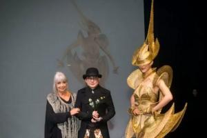 Rancangan Rinaldy Yunardi Jadi Jawara di WOW Awards 2019