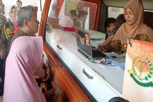 Kejari Cirebon dan Pos Indonesia Kerja Sama Pembayaran Tilang