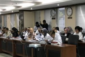 Menteri Teten Minta Prosedur Sertifikat Halal Dipermudah
