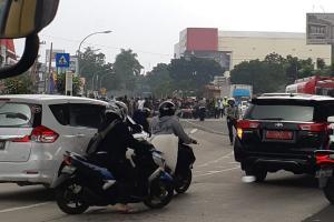 Bentrokan di Depan 'Showroom' Toyota Kota Bogor