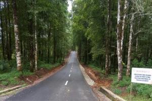 Jalan Antarkabupaten Rampung, Warga Cikadu Gembira