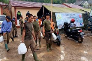 Indocement dan TNI Dirikan Dapur Umum di Sukajaya Bogor