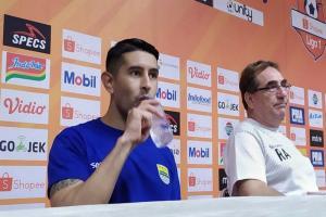 Vizcarra Masih Perkuat Persib di Liga 1 Musim 2020