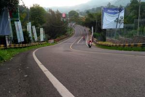 BPBD Cianjur Imbau Pengguna Jalan Puncak-Cipanas Waspada