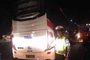 Bus Rombongan PWNU Jatim Kecelakaan di Cipali