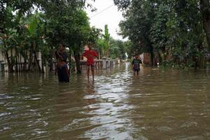 Pintu Air Sungai Cisanggarung Rusak, 8 Desa Kebanjiran