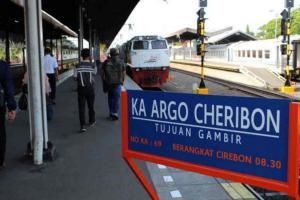 Jakarta Terapkan PSBB, KAI Daop 3 Cirebon Sesuaikan Jadwal