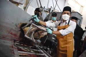Pemkab Bandung Latih 350 Petugas Penyembelihan Hewan Kurban