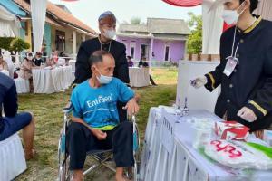 Tarik Minat Warga, Panitia Pilkades Bojongkamal Tangerang Kenakan Baju Adat