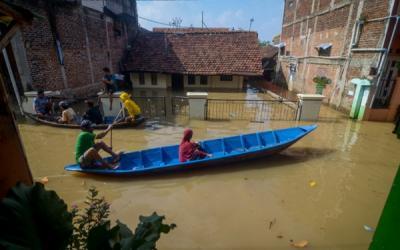 Hampir 200 Orang Mengungsi Akibat Banjir di Bandung