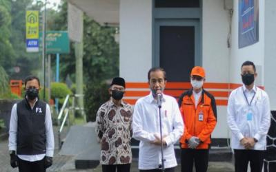 Wali Kota Bogor Dampingi Presiden Tinjau Penyerahan Bansos