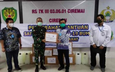 Partai Demokrat Donasikan APD ke Empat RS di Cirebon dan Indramayu