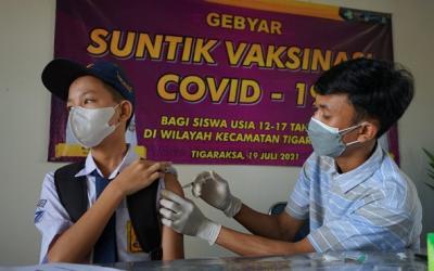 Vaksinasi Tahap 1 di Kab. Tangerang Capai 89,6%