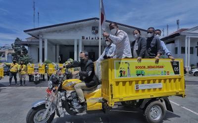Pemkot Bogor Bagikan 68 Motor Sampah untuk Tiap Kelurahan